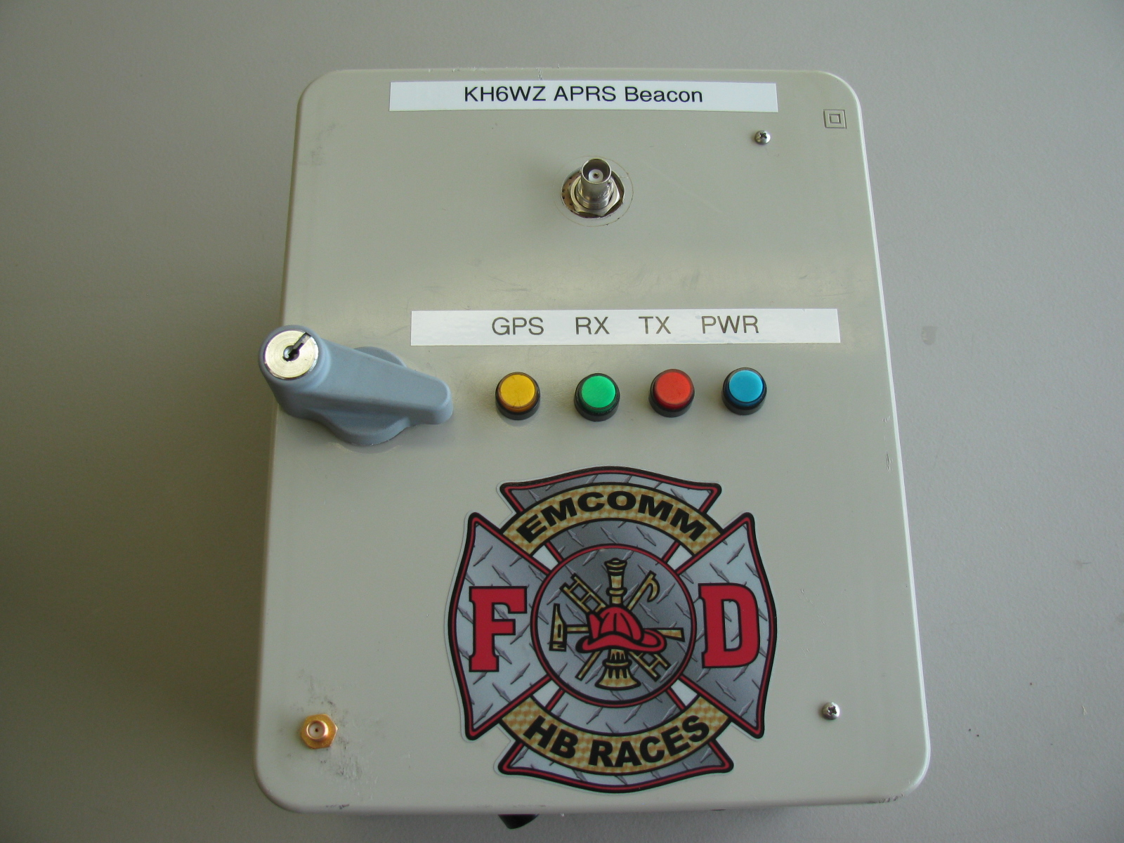 The KH6WZ Automatic Position Reporting System (APRS) Beacons