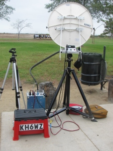 KH6WZ 10 GHz rig at a tune-up party