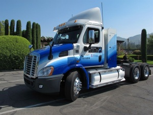 Photo from: http://www.truckinginfo.com/channel/products/news/story/2013/08/freightliner-adds-sleepers-aero-long-range-tanks-to-ng-lineup.aspx