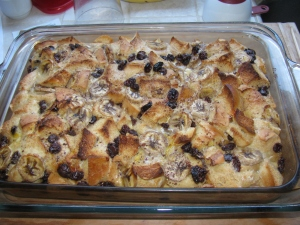KH6WZ Bread Pudding with Bananas, Raisins and Chocolate Chips - fresh from the oven