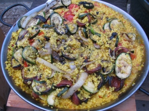 IMG_0611 wayne yoshida paella on the Big Green Egg