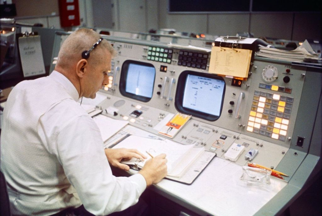Gene Kranz, my troubleshooting hero. Kranz, played by actor Ed Harris, is featured in the movie Apollo 13.